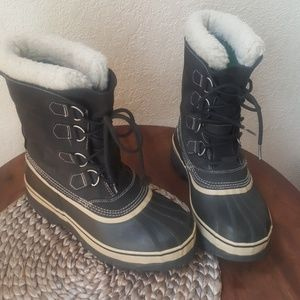 Sorel Caribou men's size 10 waterproof boots EUC